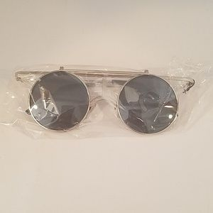 Other - Silver Flip Up black metallic Lens new